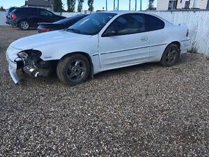 2004 Pontiac Grand Am Damaged
