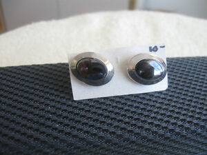 THREE PAIRS of MENS DRESSY STEPPING-OUT CUFF LINKS