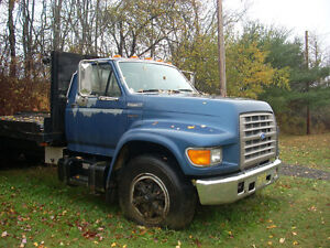 1995 Ford F-800 Other