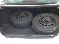 2 pneus été P205/65R15 avec jantes