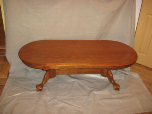 solid oak coffee table and end table set