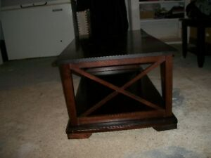 COFFEE TABLE SOLID WOOD!!!!!!