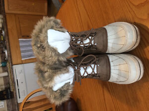 Spring white winter boots