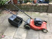 Briggs & Stratton Quattro 40 Petrol Lawn Mower