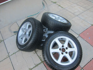 Michelin X-Ice-185/65/15 avec mags 5x108 (volvo,ford)