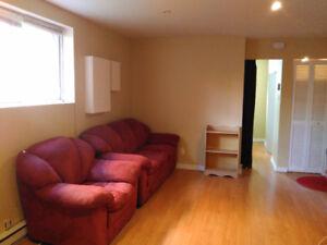 Avenue Lacharité, bright and spacious 3 1/2 semi-basement
