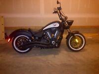 Victory Highball Bobber 106 CI in mint shape with extras