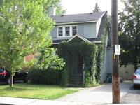 Wellington Wesr (Smirle Ave) 2+ Bed Single family Home For Rent