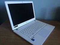 Acer Aspire V13-371-558L white notebook.