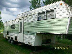 Parting out older 30' fifth wheel RV - UPDATED AD