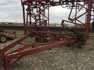 50foot morris magnum 2 heavy duty cultivator3 bar harrows  Regina Regina Area image 1