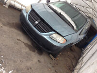 Pieces de dodge caravan