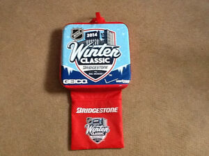 2014 winter classic seat cushion with cards authentic