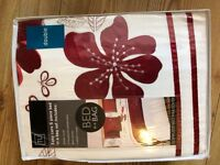 Duvet and pillow set for double bed - brand new.