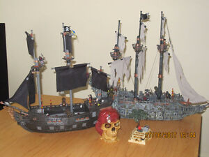 Mega Bloks Pirates of the Caribbean-Dead Man's Chest collection