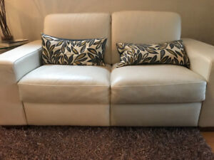 White natuzi leather loveseat for sale