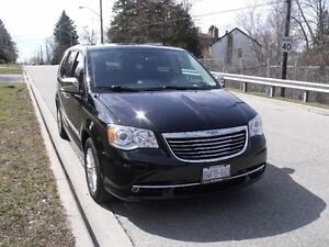 2015 Chrysler Town & Country Limited Minivan, Van