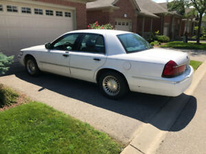 2002 Mercury Grand Marquis - great condition