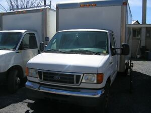 2006 Ford E-350 SuperDuty Diesel 16ft Cube