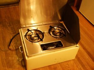 TWO TYPES OF PORTABLE 2 BURNER STOVES;