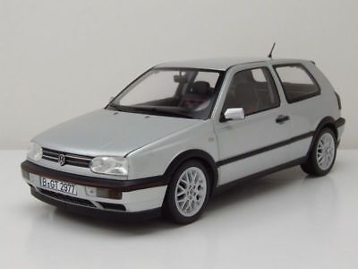Norev - Volkswagen Golf GTI 1996 - 20 years Anniversary Edition - 1/18 - 188419