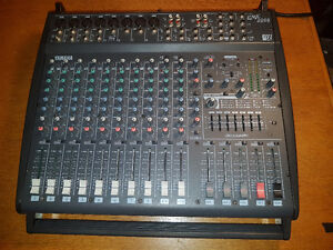 Yamaha EMX 2000 Powered 12 channel Mixer