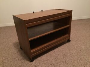 Retro TV stand for sale West Island Greater Montréal image 2