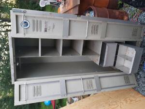 5 Foot aluminum tool chest