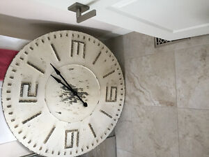 Wall clock, Painting, Night Stands, Lamps