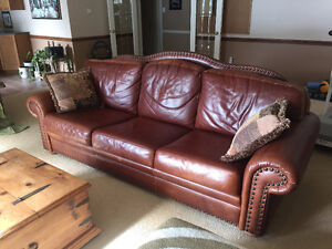 BROWN LEATHER COUCH- MAKE ME A REASONABLE OFFER