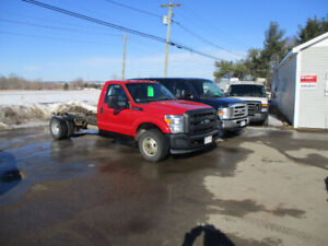 2013 FORD F350 CAB AND CHASSIE