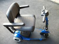 Go-Go Ultra X - 3 Wheel Scooter ( MINT )