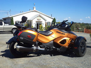 Can- Am Spyder RS S SE 5 2011