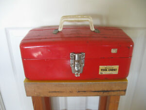 STRONG METAL AMERICAN-MADE HANDLED TOOL BOX with TRAY