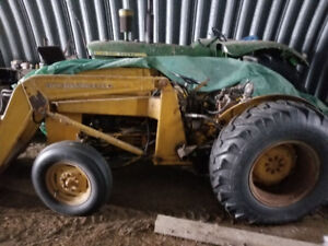 tractors-JD4020/w snow blower and MH tractor