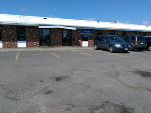 1600 square Feet of commercial space available immediately