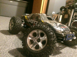 Traxxas nitro Jato with extra parts and tires