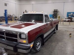 Beautiful Restored 1993 dodge truck