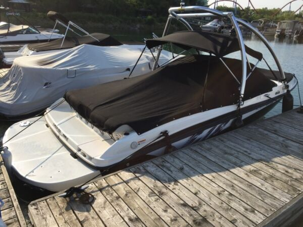 Used 2011 Bayliner f-18