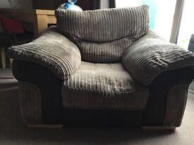 DFS arm chair - Saxon Collection