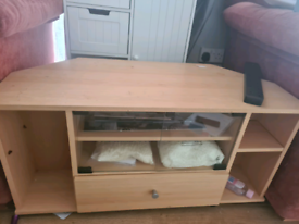 Small cabinet for TV to sit on