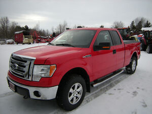 2012 Ford F-150  XLT   4x4  Camionnette     COMME NEUF