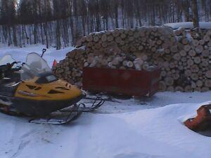 Traîneau (Sleigh) pour motoneige (Transport de bois)