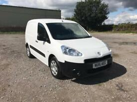Peugeot Partner L1 850 S 1.6 92PS [Sld] EURO 5 DIESEL MANUAL WHITE (2015)