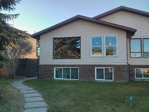 Millwoods Nice 3 Bedroom Duplex, Garage, Fenced, 2116-47 st nw