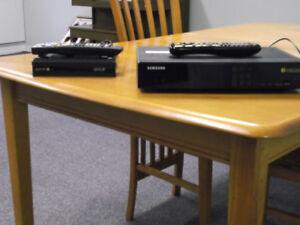 Deux terminaux de videotron