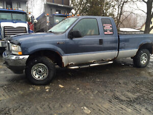 2004 Ford F250 XLT Camionnette