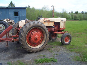 Case 510 Tractor (gas)