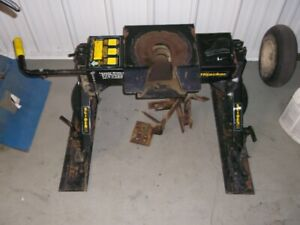 used hijacker 5th wheel trailer hitch for sale