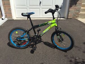 "SOLD!!! Supercycle KidzTeam 8 Kids' 18"" Bike"